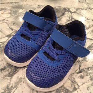 Toddler Nike sneakers